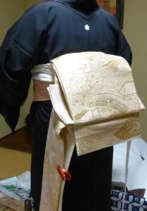 作り帯の着付け02