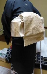 作り帯の着付け03