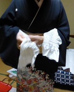 作り帯の着付け09